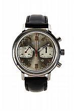 HEUER LE MANS, vers 1960 Chronographe bracelet en acier