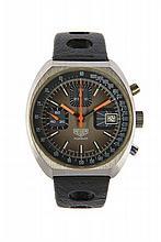 HEUER / G. MONNIN Vers 1970 Chronographe bracelet tonneau en acier