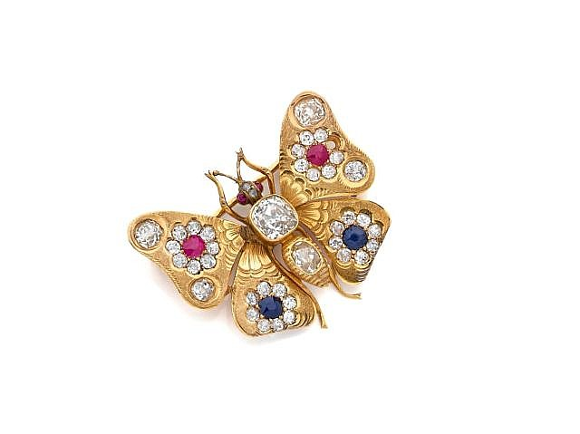 A DIAMOND, RUBY, SAPPHIRE AND YELLOW GOLD BUTTERFLY BROOCH-PENDANT