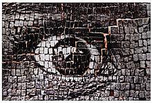 J.R. Né en 1984 28 MILLIMETRES: WOMEN ARE HEROES, EYE ON BRICKS, NEW DELHI, INDIA - 2009 Tirage photographique couleur sur aluminium