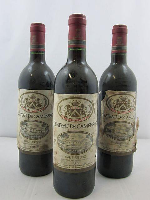 6 bouteilles CHÂTEAU CAMENSAC 1983 5è GC Haut Médoc (étiquettes très abimées par humidité)