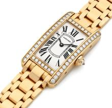 CARTIER TANK AMERICAINE, n° 80889NX/2503, vers 2010 Belle montre bracelet de dame en or rose 18K (750). Boîtier rectangle curvex...