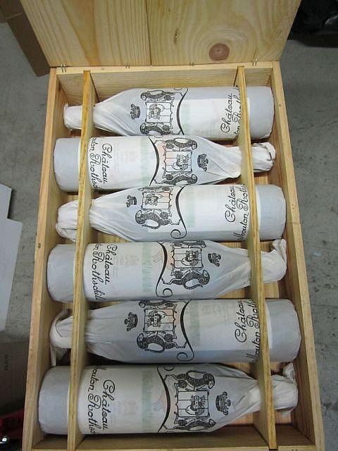 6 bouteilles CHÂTEAU MOUTON ROTHSCHILD 1999 1er GC Pauillac Caisse bois d'origine