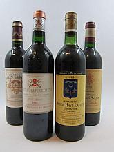 9 bouteilles 2 bts : CHÂTEAU SMITH HAUT LAFITE 1983 CC Pessac Léognan (1 base goulot et 1 légèrement bas, étiquettes tachées)