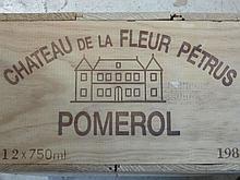 12 bouteilles CHÂTEAU LA FLEUR PETRUS 1989 Pomerol (dont 8 base goulot, 2 légèrement bas