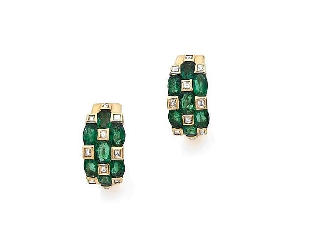 A PAIR OF DIAMOND AND EMERALD EAR CLIPS