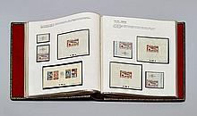 ¤ ''L'AVENTURE DE L'ESPACE'' - Luxueux album contenant une collection d'enveloppes affranchies de timbres et de vignettes de Pos