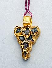 Roman Gold and Stone Pendant