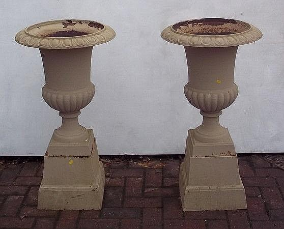 A pair of 20th century cast iron classical style