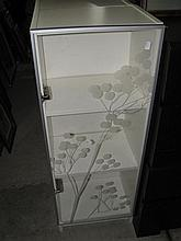 Two White Display Cabinets 40 x 30 x 100 cm