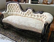 Antique Walnut Victorian settee