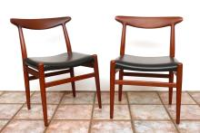 PAIR HANS WEGNER TEAK SIDE CHAIRS