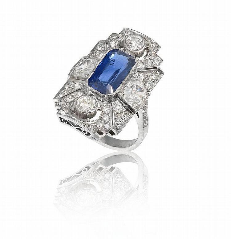 PLATINUM 3.06 CT SAPPHIRE W/ 2.25 CTW DIAMOND RING