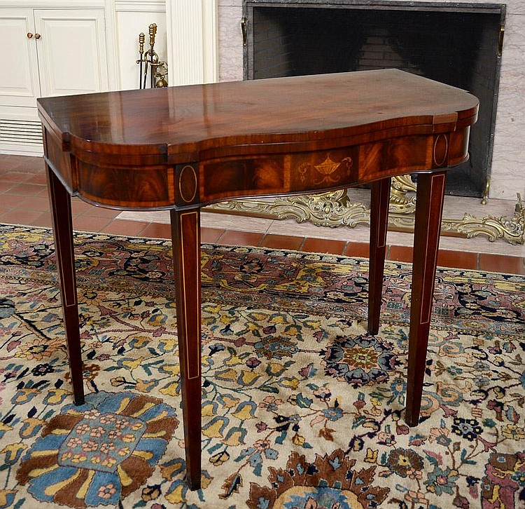 CROTCH MAHOGANY INLAID GAME TABLE