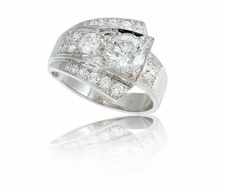 DECO PLATINUM RING .90 CT CENTER W/.85 CT SZ 5.5