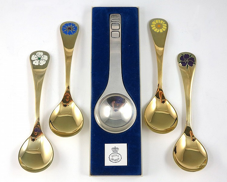 5 GEORG JENSEN STERLING ANNUAL SPOONS