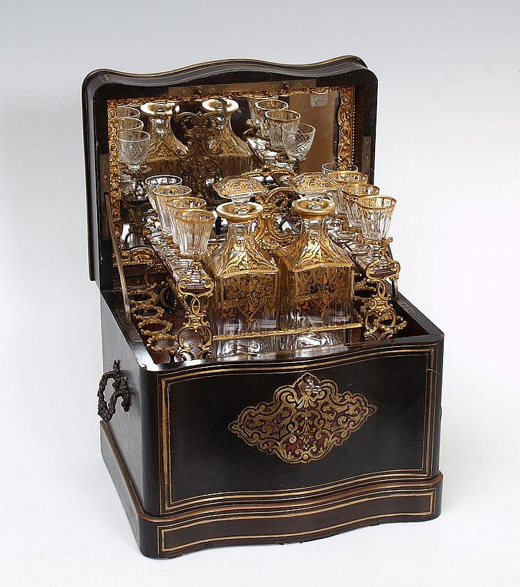 34: 19TH CENTURY FRENCH BOULLE INLAY TANTALUS