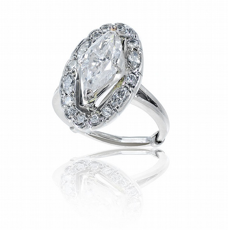 44: 2.75 CT SOLITAIRE MARQUISE DIAMOND RING: 14K sz 7