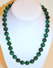 Malachite knotted bead necklace