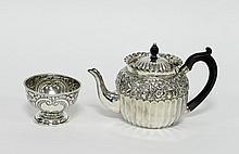 A Victorian silver teapot, Nathan & Hayes, Birming