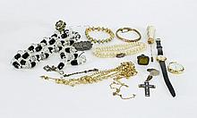 Sundry costume jewellery