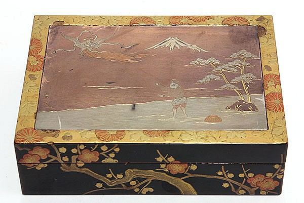 Japanese lacquered Box  Fairy and Fisherman