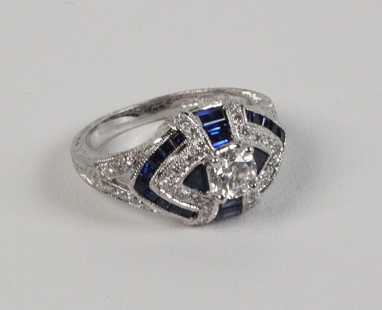 14K DIAMOND AND BLUE SAPPHIRE RING