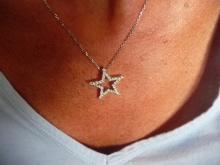 1 CARAT DIAMOND ENCRUSTED 18K STAR PENDANT NECKLACE