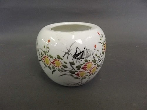 A Chinese porcelain jar with decoration of a