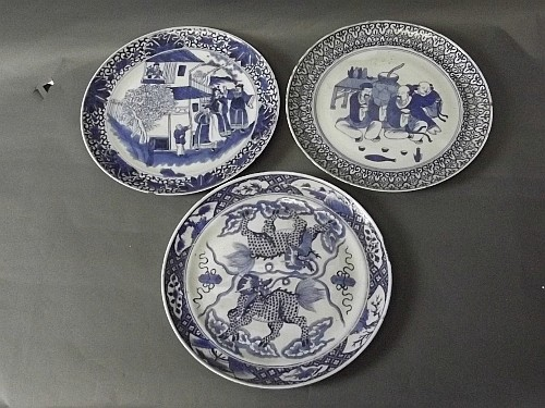 Three Chinese blue and white plates decorated with