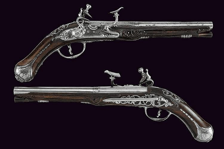 A fine pair of flintlock pistols