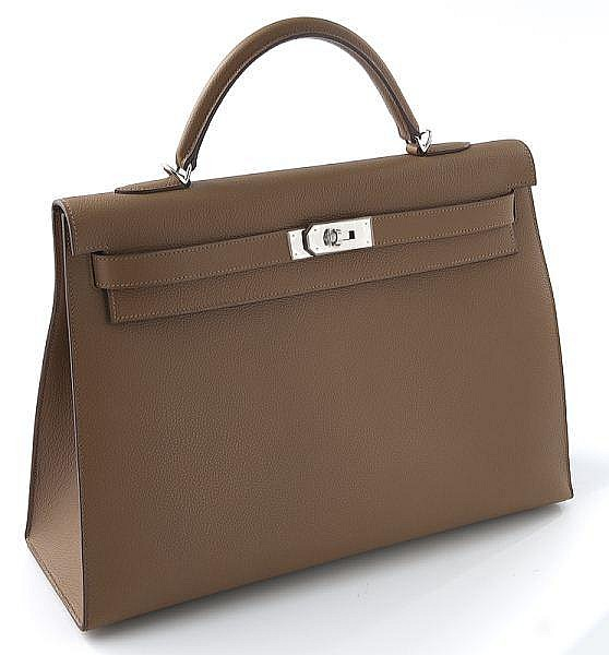 Hermes 40 cm Alezan Togo leather Kelly Bag,