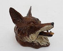 A cold painted bronze inkwell in the form of a hinged foxes head, approx 3