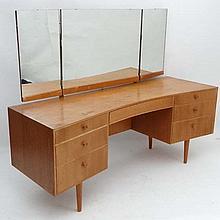 Vintage Retro : an English Meredew Furniture Model