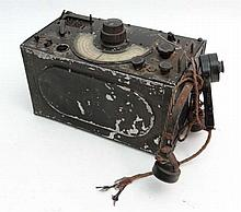 WWII : A British Air Ministry Type R150 portable