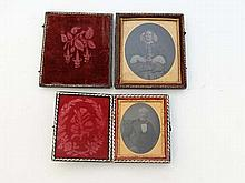 Daguerreotype photography : 2 19thC leather cased