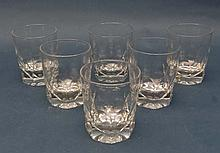 A set of 6 large glass tumblers with facet cut