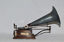 English Berliner Disc Gramophone