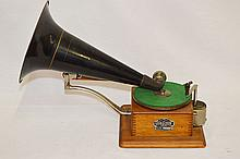 Berliner Canadian Gram-O-Phone Disc Player Type A