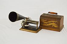 Columbia The Graphophone Cylinder Type Q Player