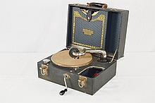 Brunswick Portable Suitcase Model 104 Disc Player