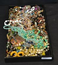 ASSORTED COSTUME JEWELRY BEADS , NECKLACES ,