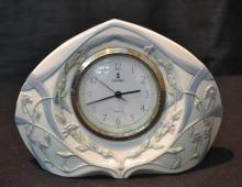 LLADRO PORCELAIN QUARTZ CLOCK - 8