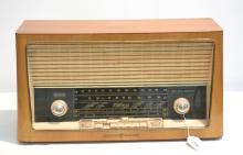 LOEWE OPTA FONOVOX RADIO - TYPE 05741W