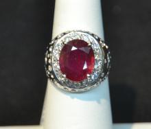 14kt YELLOW GOLD RUBY & DIAMOND RING