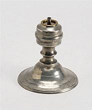 AMERICAN PEWTER MINIATURE WHALE OIL LAMP Attributed to Allen or Freeman Porter of Maine. Height 4