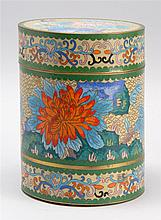 CLOISONNÉ COVERED BOX In cylinder form. Height 7.5