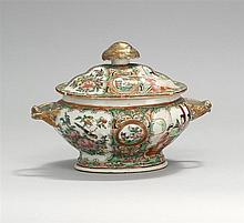 COVERED CHINESE EXPORT ROSE MEDALLION PORCELAIN SAUCE TUREEN In oval form with fruit-form finial and entwined handles. Length 8.25