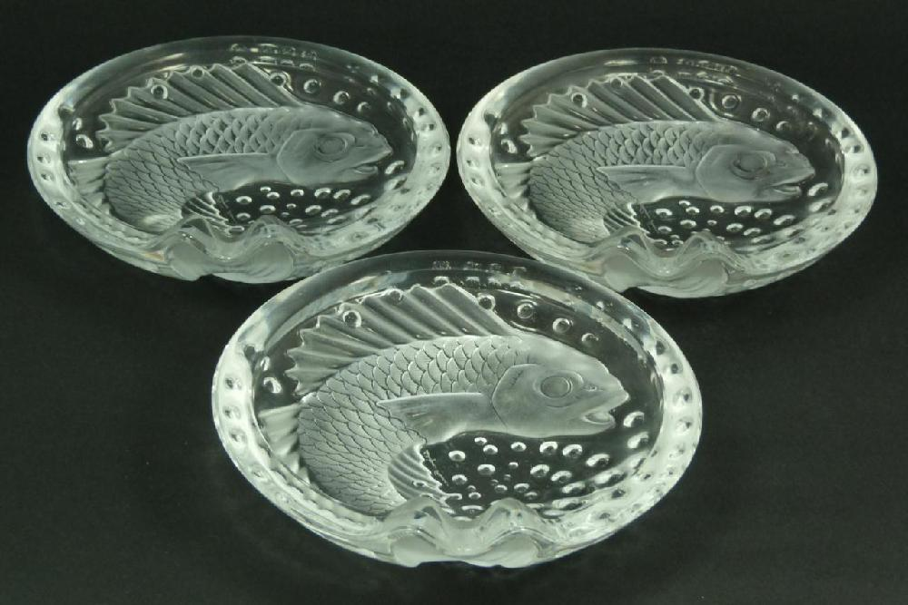 3 LALIQUE FRENCH CRYSTAL 'CONCARNEAU' TRAYS
