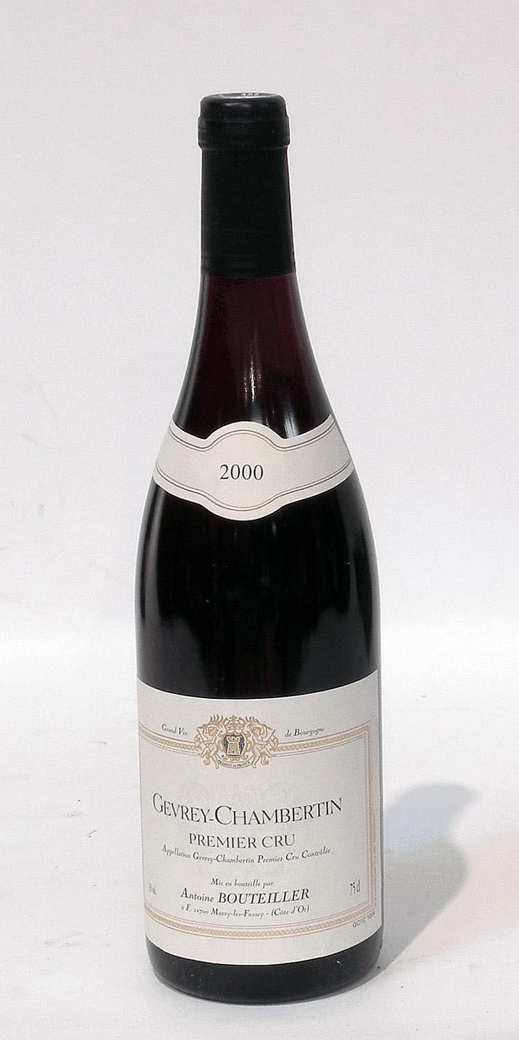 12 Bouteilles de GEVREY CHAMBERTIN, Antoine Bouteiller 2000.